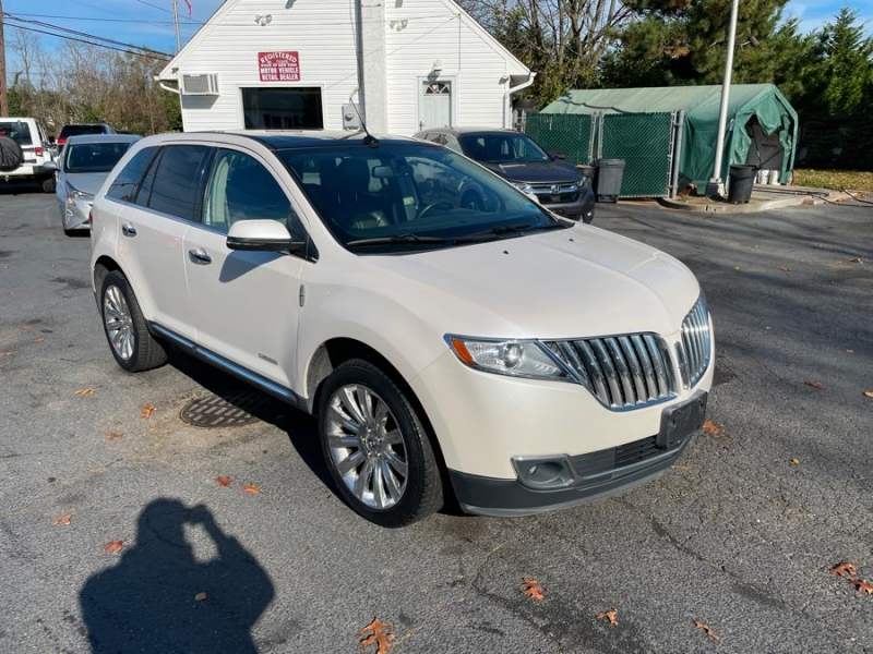Lincoln MKX 2013 price Call for Pricing.