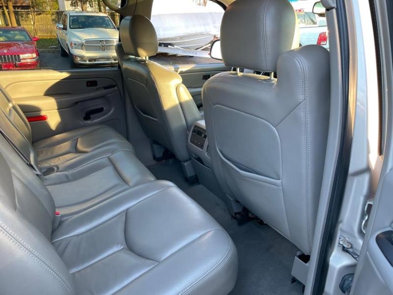 Chevrolet Avalanche 2006 price $13,998