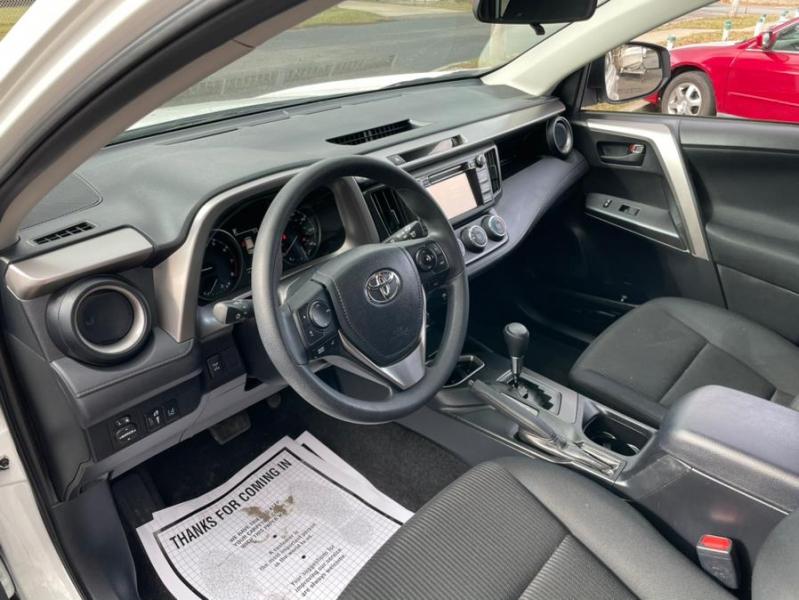 Toyota RAV4 2017 price $18,495
