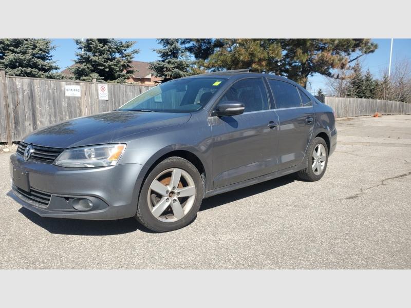 Volkswagen  2011 price $4,990