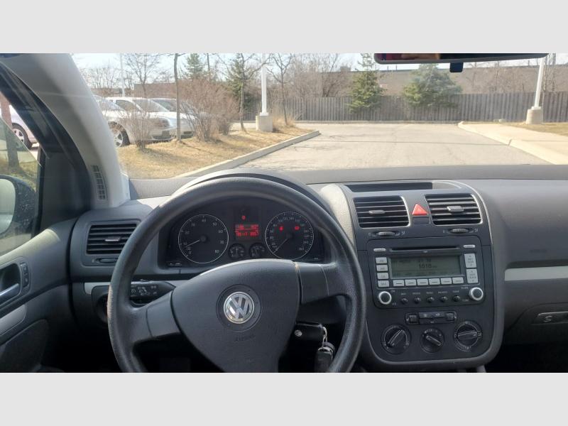 Volkswagen Rabbit 2008 price $4,990