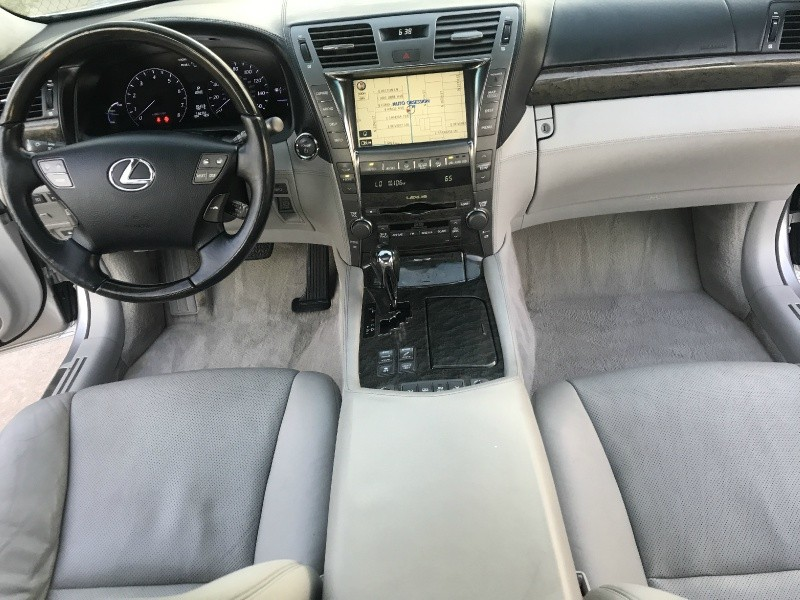 Lexus LS 600h L 2008 price $17,970
