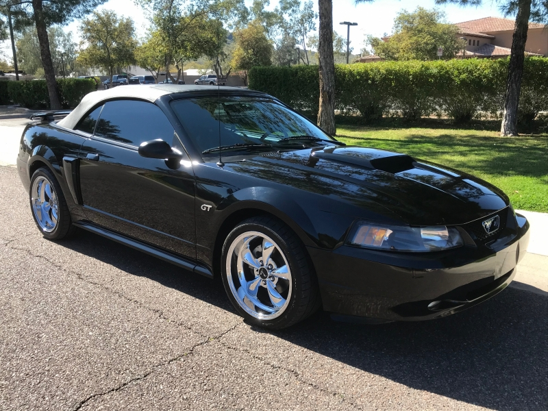 Ford Mustang 2002 price $13,995