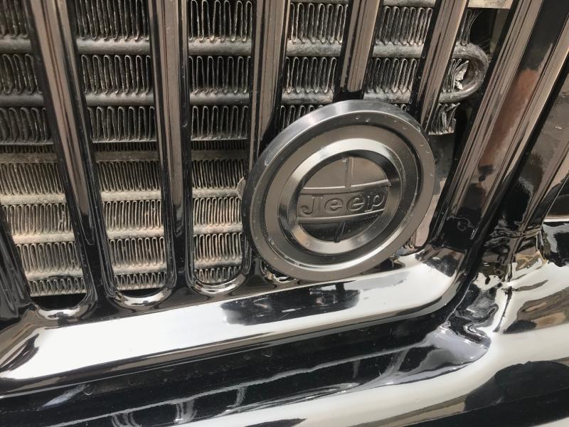 Jeep Wagoneer 1989 price $19,950