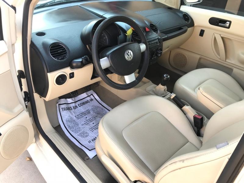 Volkswagen New Beetle Coupe 2006 price $6,995