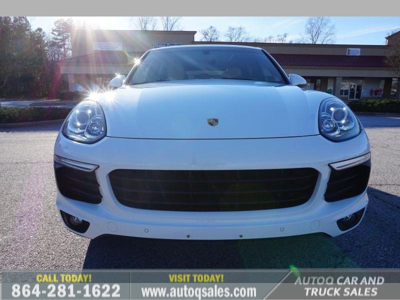 Porsche Cayenne 2016 price $31,991