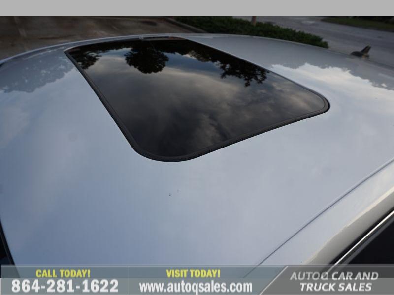 Volkswagen Passat 2012 price $9,991