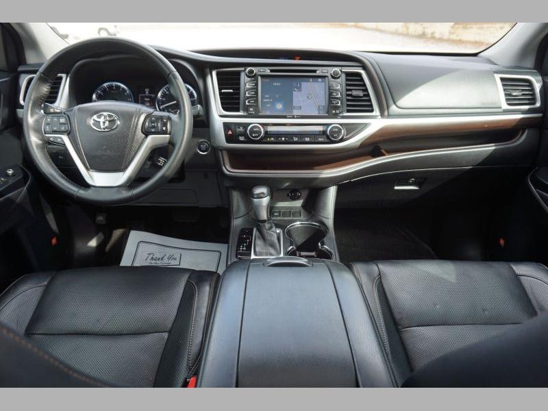 Toyota Highlander 2014 price $19,991