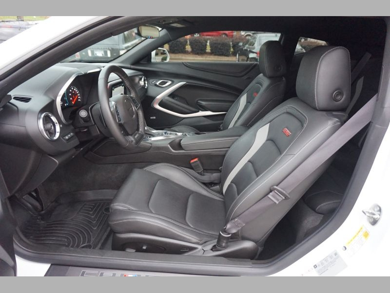 Chevrolet Camaro 2017 price $41,491