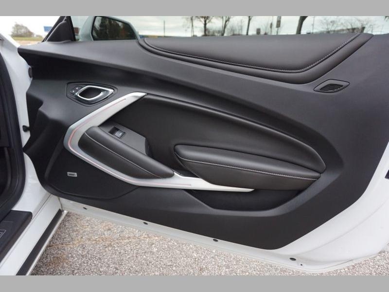 Chevrolet Camaro 2017 price $39,991