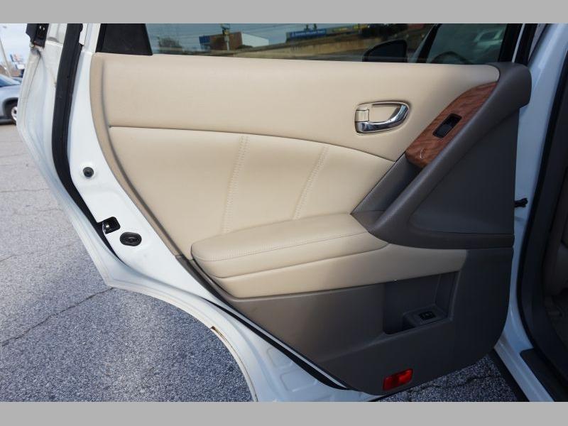 Nissan Murano 2012 price $10,291