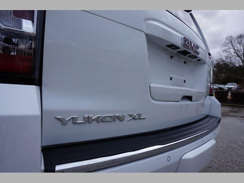 GMC Yukon XL 2016 price $37,991