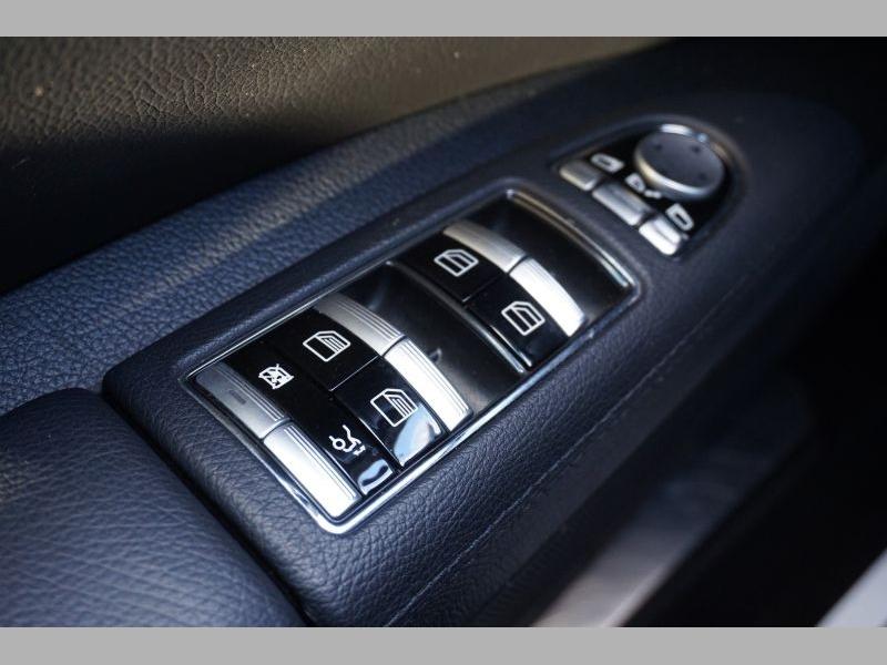 Mercedes-Benz S-Class 2012 price $22,991