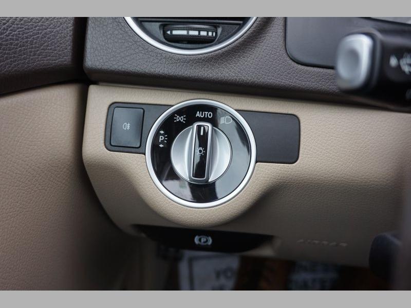 Mercedes-Benz C-Class 2013 price $14,491