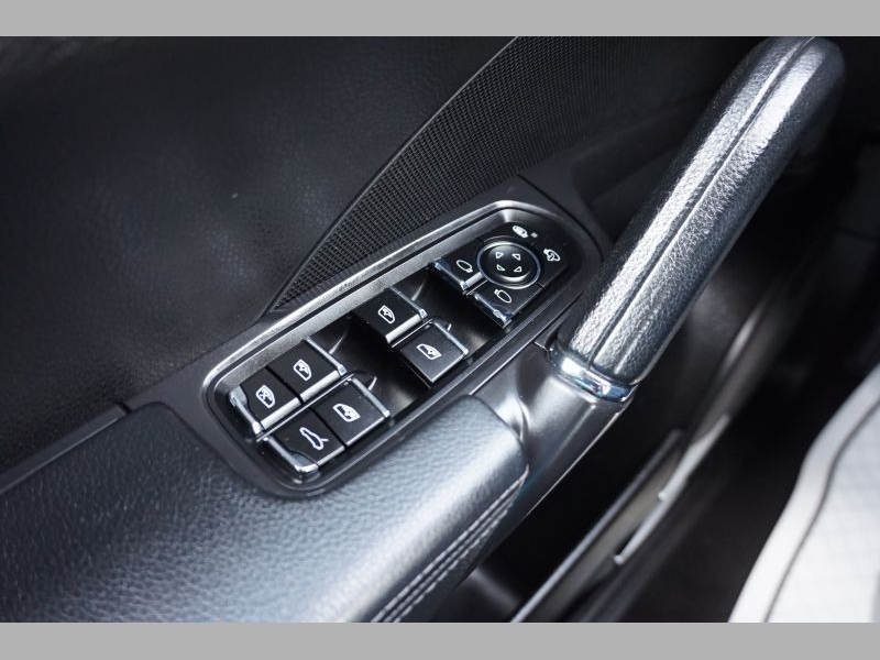 Porsche Cayenne 2013 price $23,991