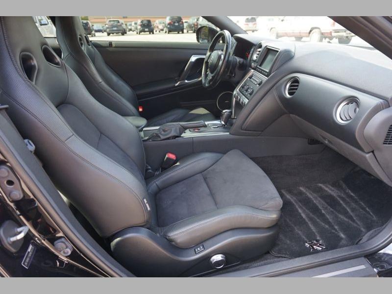Nissan GT-R 2010 price $67,991