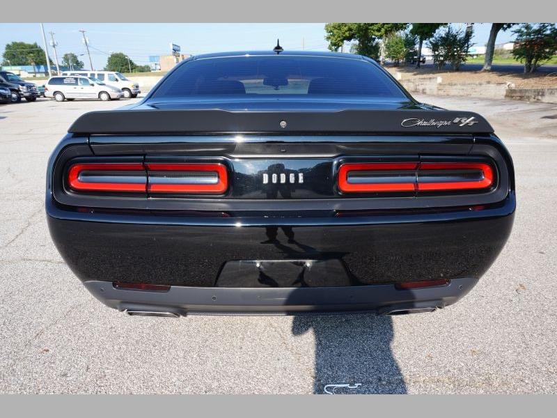 Dodge Challenger 2016 price $35,491
