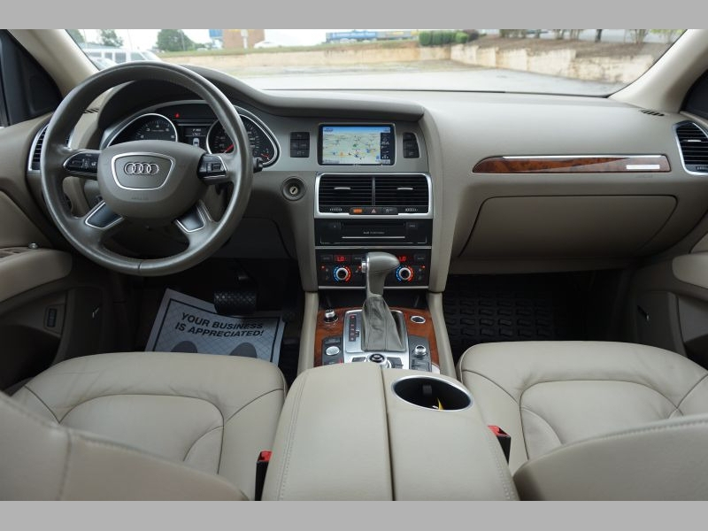 Audi Q7 2015 price $25,991
