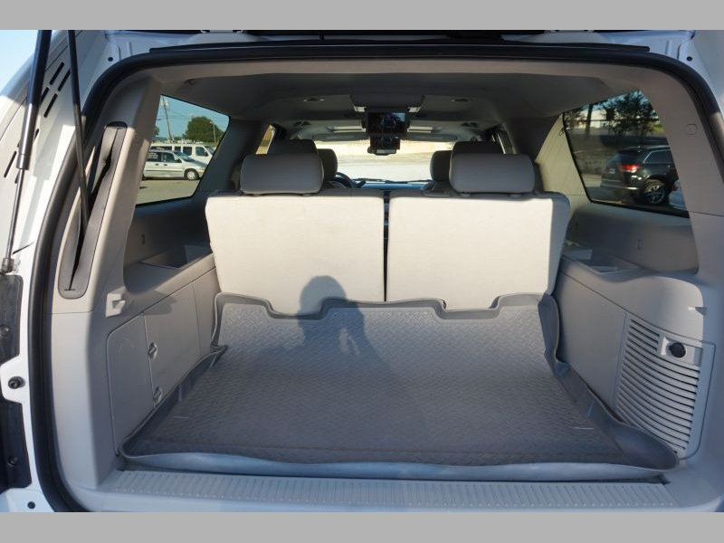 Chevrolet Suburban 2013 price $25,991