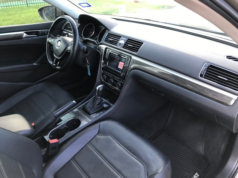 Volkswagen Passat 2016 price $12,999