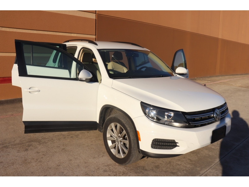 Volkswagen Tiguan 2015 price $8,995