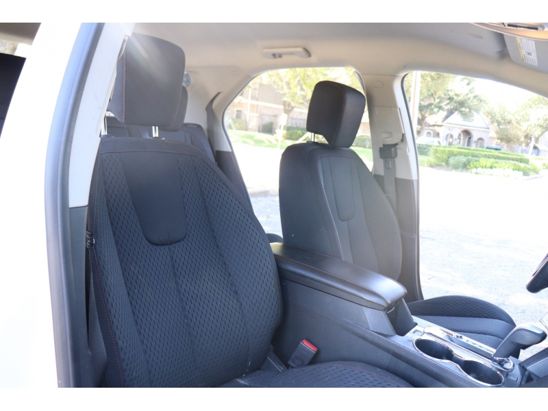 Chevrolet Equinox 2013 price $8,900