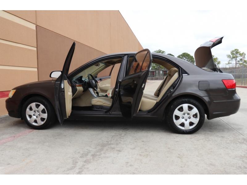 Hyundai Sonata 2009 price $4,900