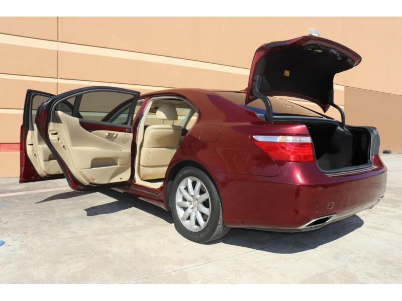Lexus LS 460 2008 price $10,999