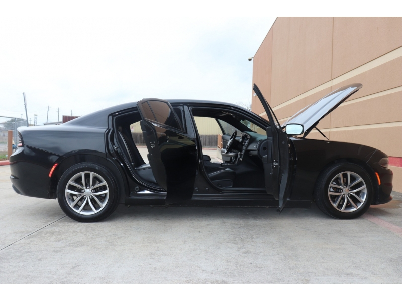 Dodge Charger 2015 price $13,995