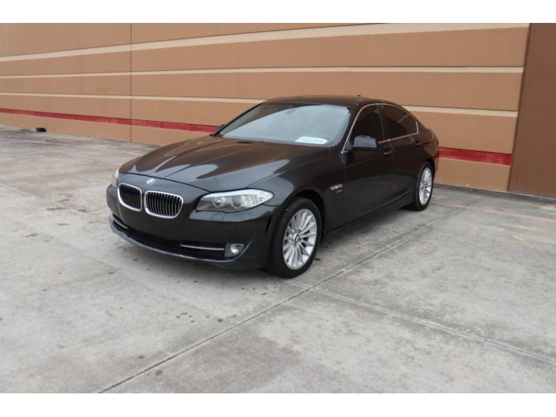 BMW 5-Series 2012 price $12,995