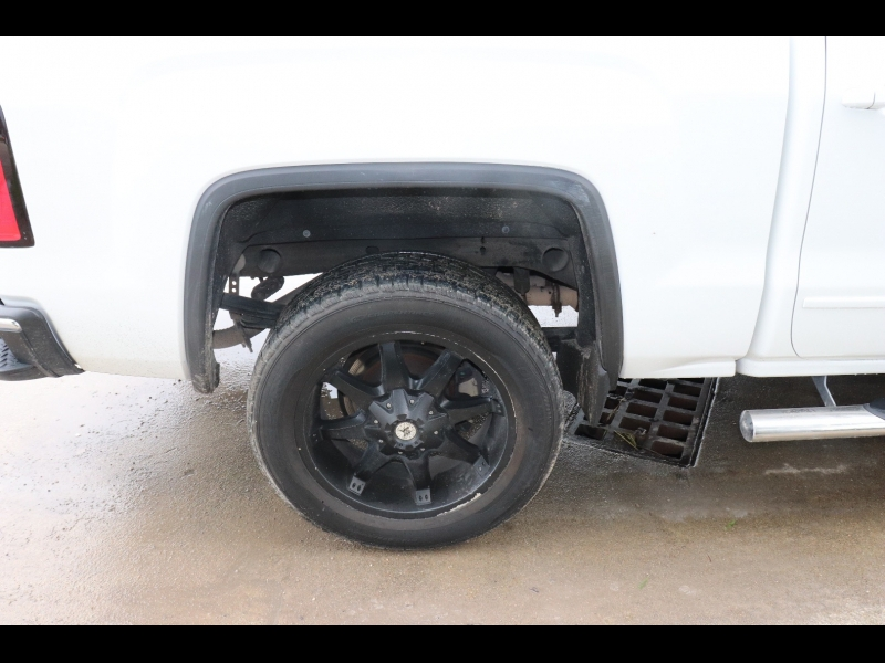 GMC Sierra 1500 2015 price $25,995