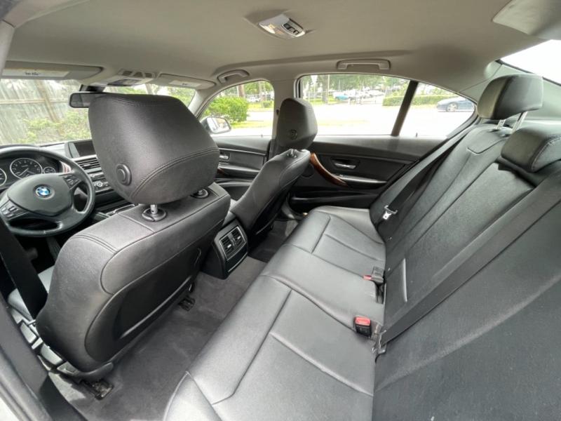 BMW 3-Series 2016 price $16,995