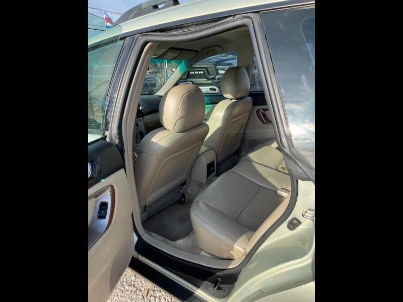 Subaru Legacy Wagon (Natl) 2005 price $4,995