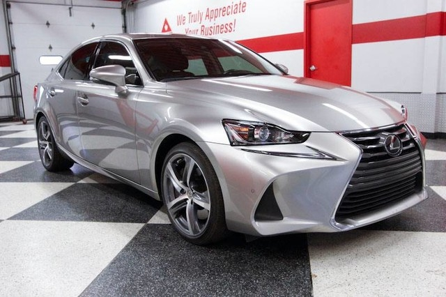 Lexus IS 200t 2017 price $27,999