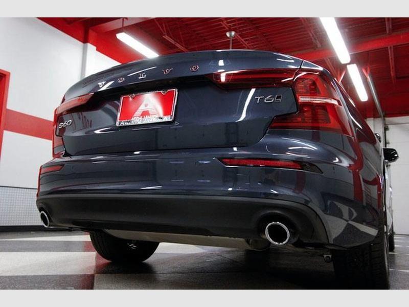 Volvo S60 2019 price $26,989