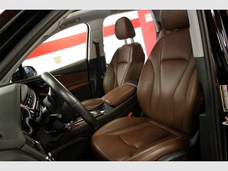 Audi Q7 2018 price $39,999