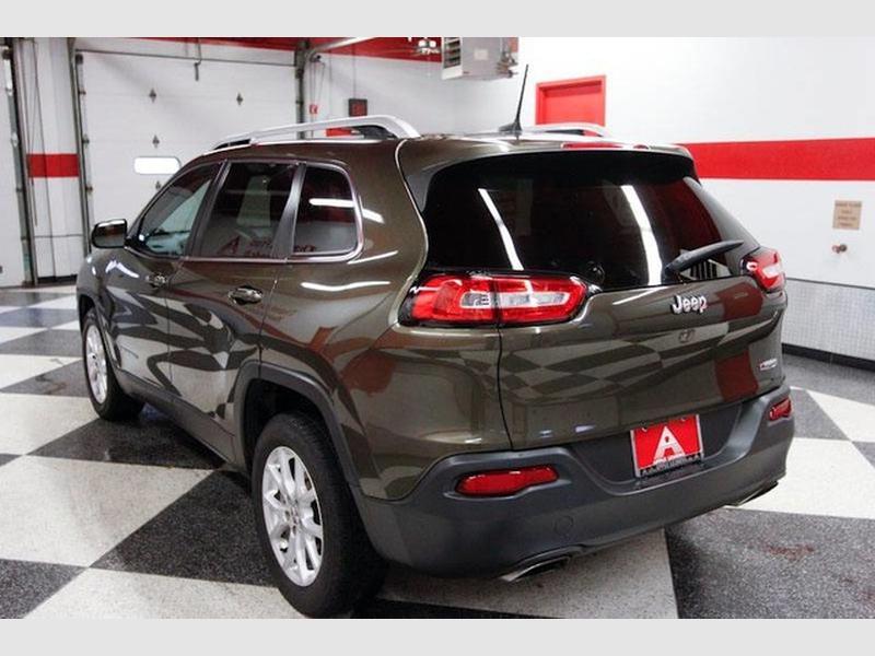 Jeep Cherokee 2016 price $14,499