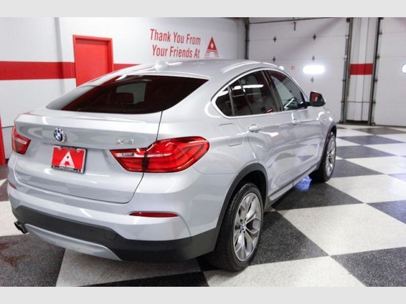 BMW X4 2018 price $35,399