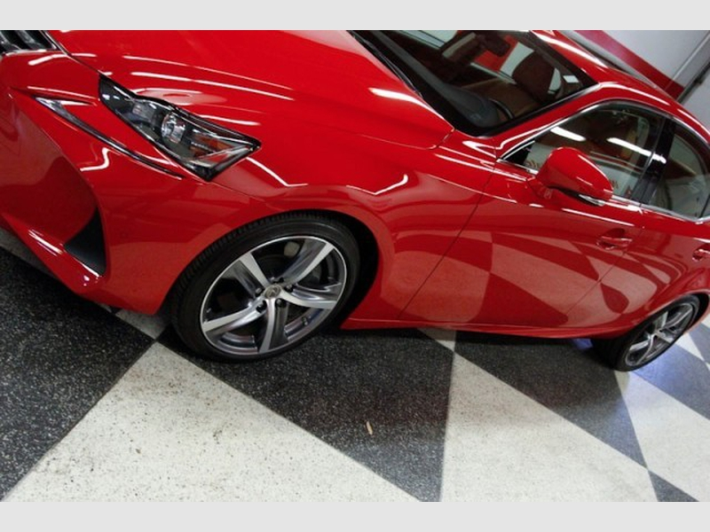 Lexus IS 200t 2017 price $31,470