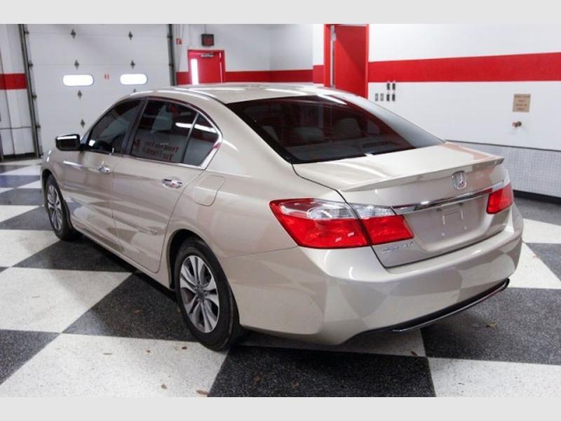 Honda Accord Sedan 2015 price Call for Pricing.