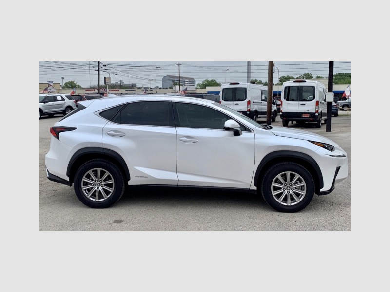 Lexus NX 2019 price $35,999