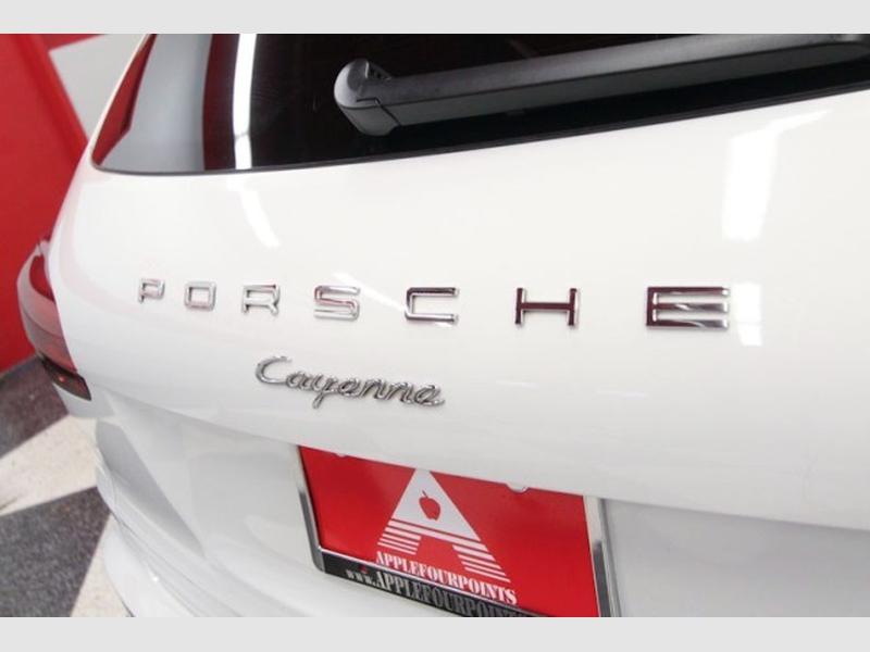 Porsche Cayenne 2017 price $42,150