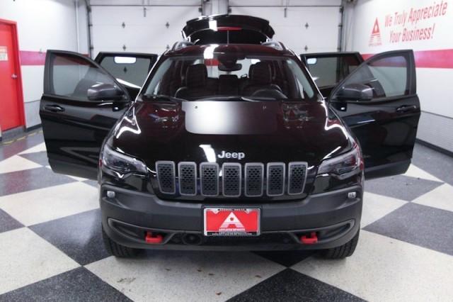Jeep Cherokee 2021 price $35,995