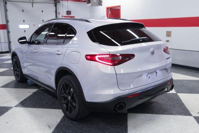 Alfa Romeo Stelvio 2020 price $39,995
