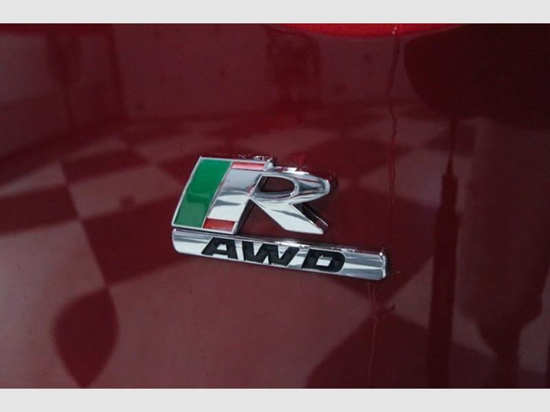 Jaguar F-PACE 2018 price $44,995