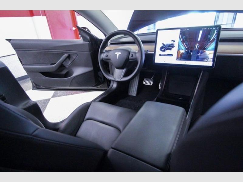 Tesla Model 3 2019 price $46,749