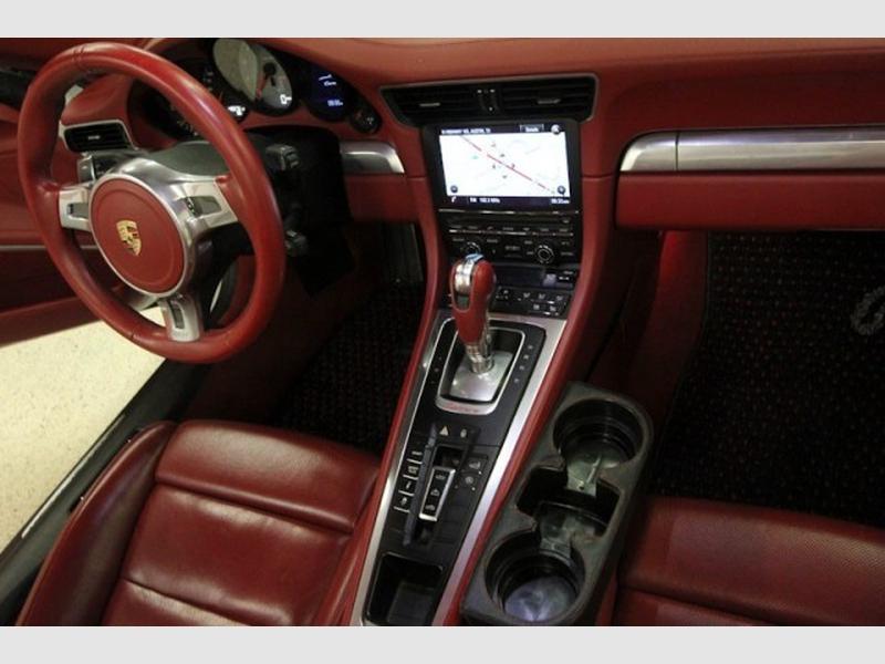 Porsche 911 2013 price $79,695