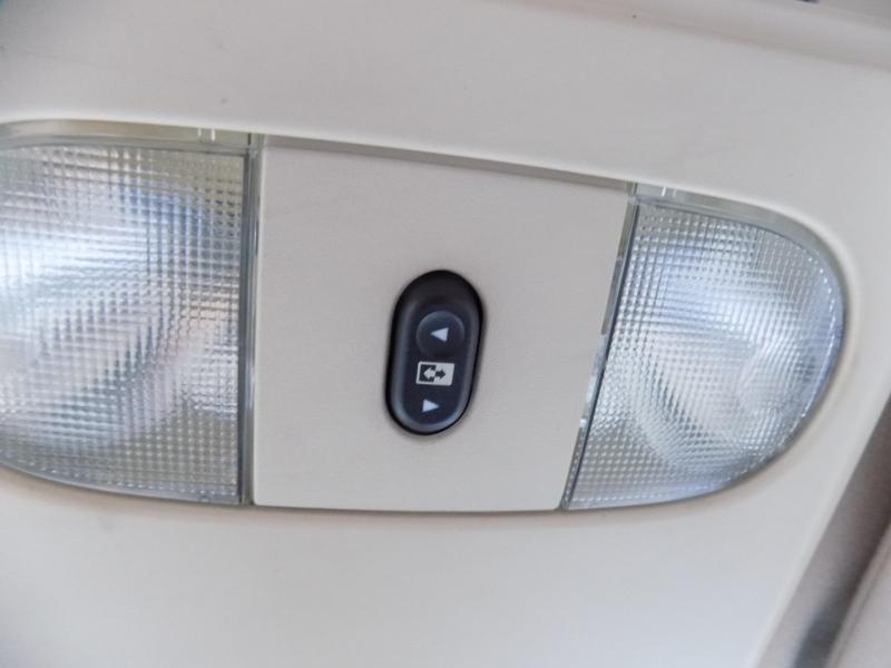 Ford LARIAT 4X4 2005 price $6,500