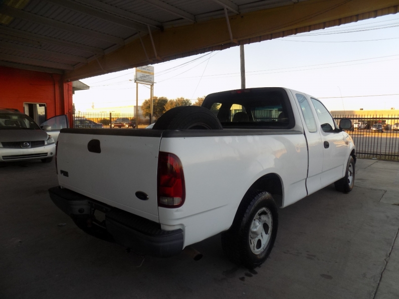Ford F-150 2002 price $4,250