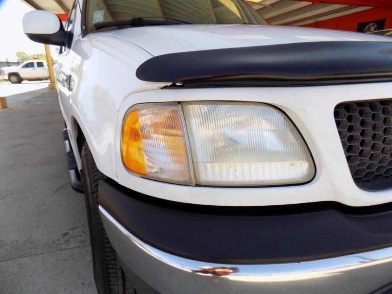 Ford F-150 SuperCrew 2001 price $4,500